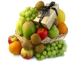 3 kg fruits and assorted chocolates