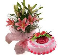 A bouquet of lilies and 1 kg strawberry cake