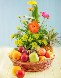 3 kg fruits and 15 flowers basket