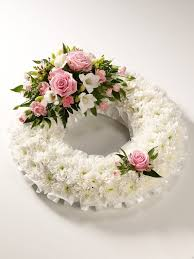 A wreath of roses