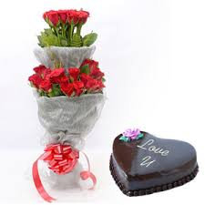 30 Roses in a Double Bouquet with 1 Kg heart chocolate truffle cake
